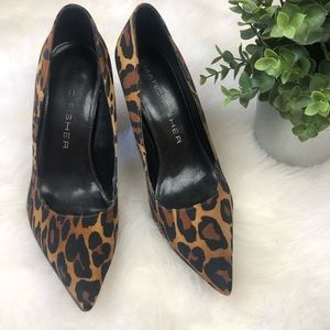 Women's Marc Fisher Leopard High Heels size 6.5M